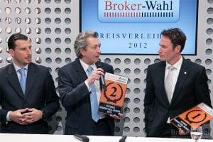 Der zweite Platz des Futures Broker des Jahres 2012 geht an WH Selvinvest - die bisher beste Plazierung für den Spezialbroker. Christian Schneider von WH SelvInvest erklärt die Strategie des Brokers aus Frankfurt.