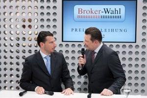 Aus N-TV bekannt: Der Börsenexperte der Börse Stuttgart, Maik Michal, und der Börsenmoderator Holger Scholze führten sicher, aber vor allem unterhaltsam durch die Preisverleihung der Brokerwahl 2012