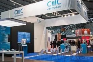Der Wegbereiter des CFD-Handels in Deutschland, CMC Markets, mit einer professionellen Bühne für Präsentationen der Handelssoftware und Vorträge von Profi-Tradern. Ein paar Minuten später waren alle Plätze besetzt!