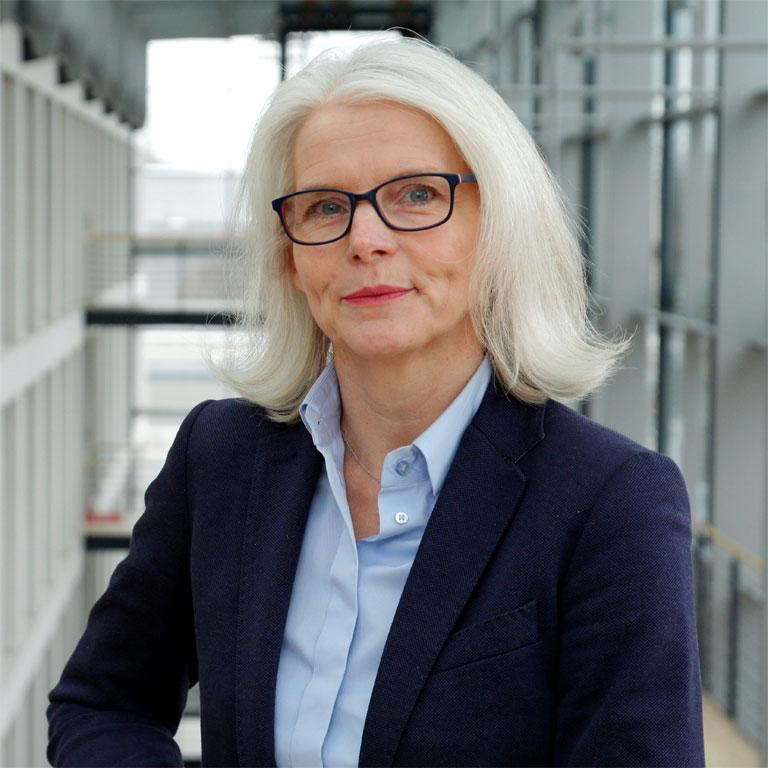 Sabine Meyer, Director Produkt- & Handelsangebot beim Sparkassen Broker